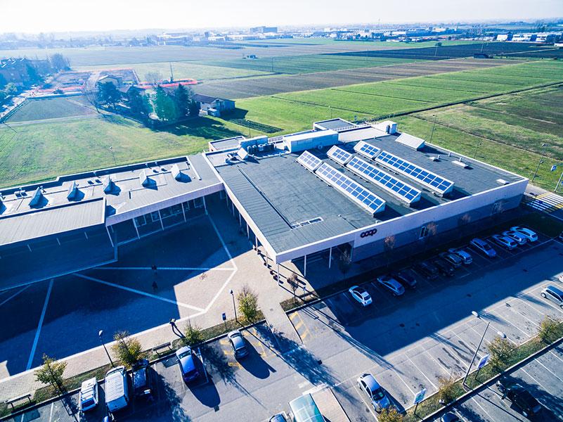 Coop Reno, 2011, Bologna, complesso commerciale formato da supermercato, negozi e piazza esterna | BI Engineering