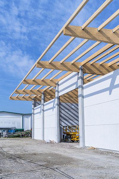 Funghi Valentina, 2017, Bologna, strutture prefabbricate e della copertura in legno e pannelli sandwich | BI Engineering
