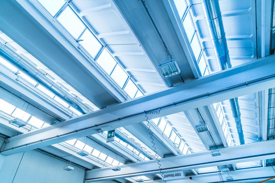 DVP, 2011, Bologna, illuminazione interna dell'edificio mediante la presenza di 300m di lucernari a shed in copertura | BI Engineering