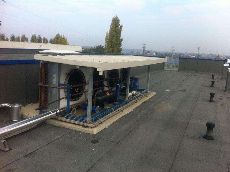 Strutture prefabbricata con soluzione con tegoli TT con solaio con manto impermeabile ad alta portata | BI engineering
