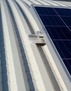 Posizionamento non corretto di un impianto fotovoltaico sulla copertura di un edificio industriale | BI Engineering